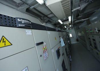 "Melalui Solusi E-House, Schneider Electric Dukung Program ""Papua Terang 2020"""