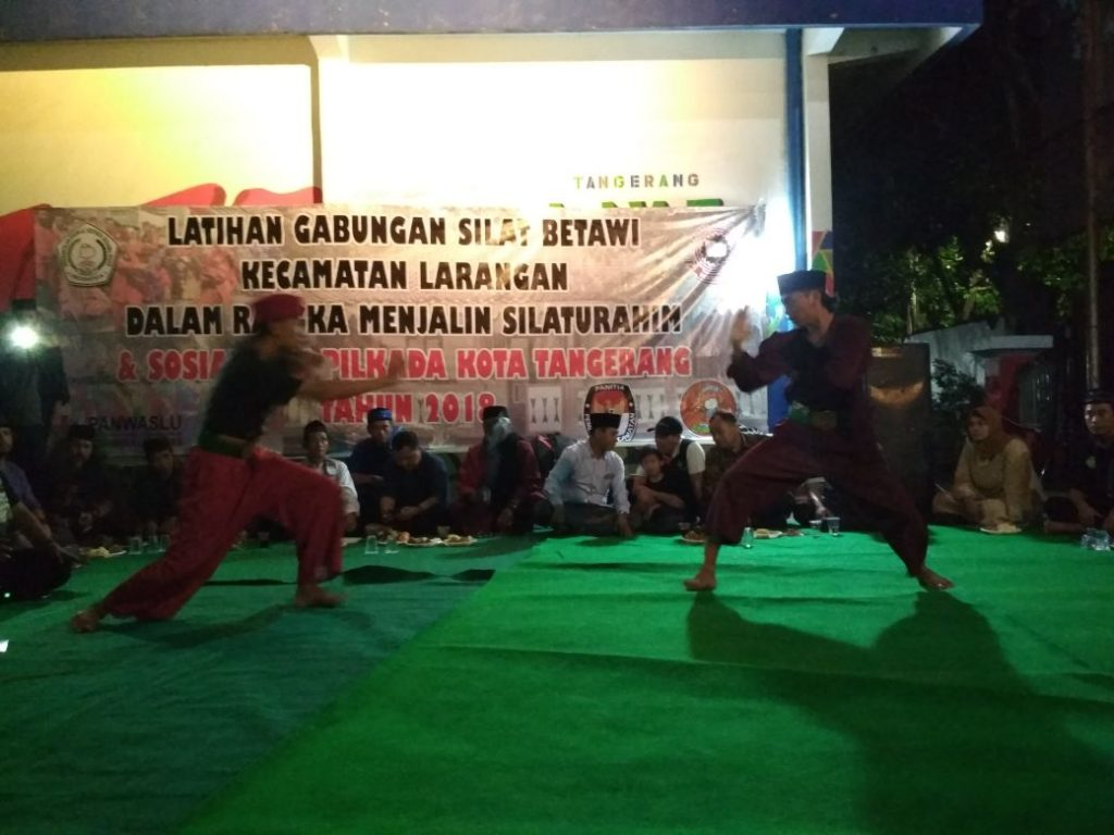 KPU Tangerang Gelar Sosialisasi Melalui Seni Silat Betawi