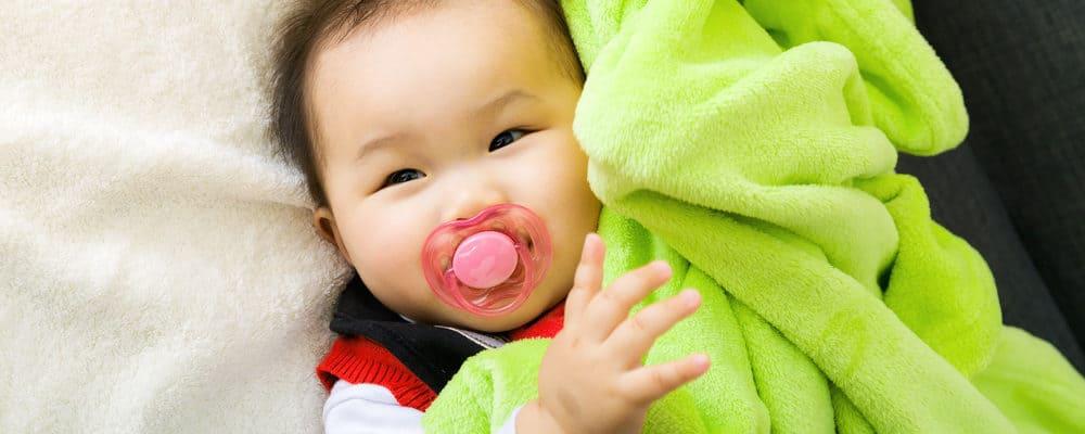 Apakah Perlu Memberikan Si Kecil Dot Bayi? Ini Beberapa Hal yang Harus Dipertimbangkan