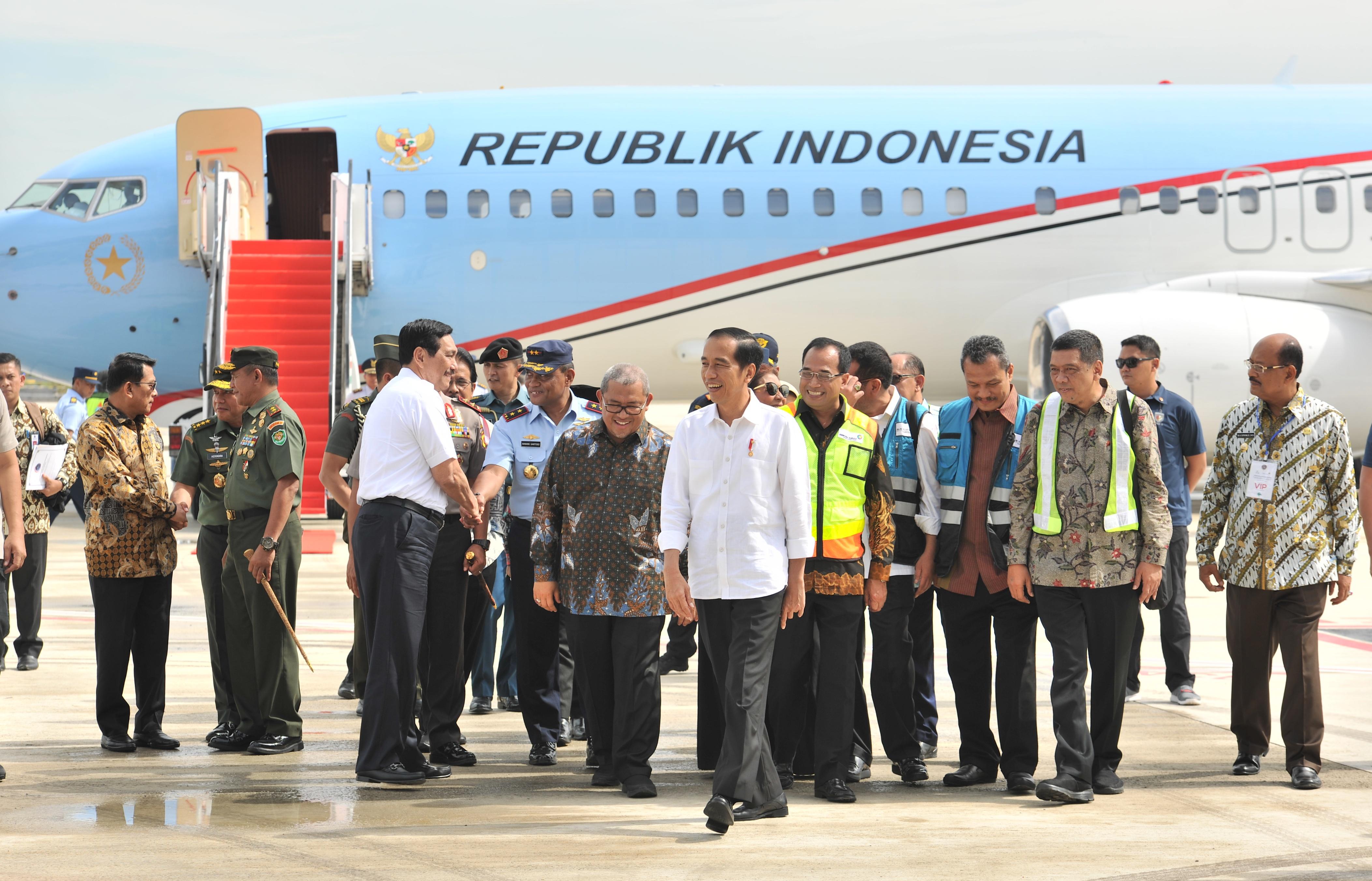 Bandara Lain Juga Dikejar, Presiden Jokowi: Bandara Kertajati Akan Diperbesar