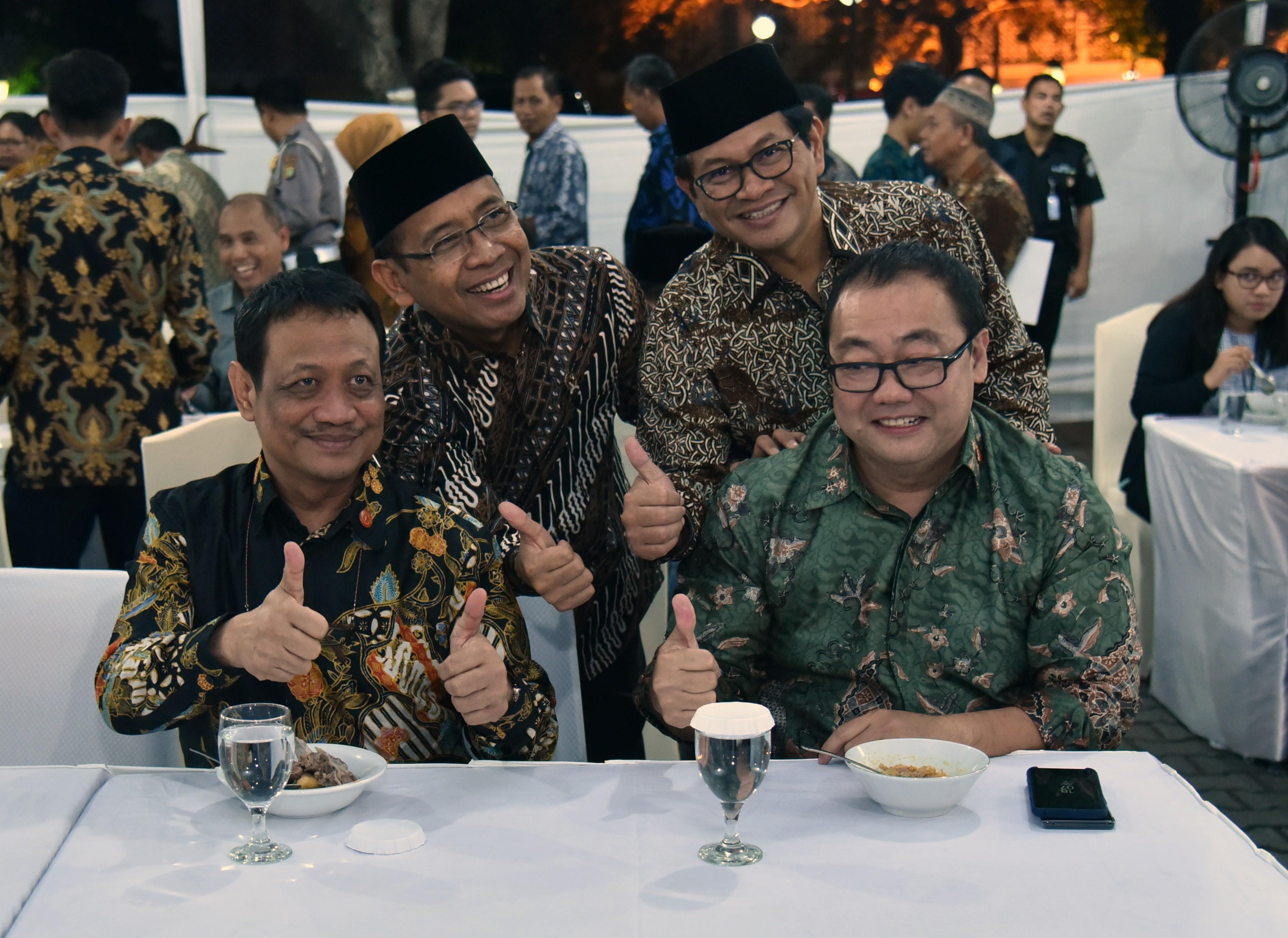 Buka Puasa Bersama Pejabat/Pegawai Kemensetneg dan Setkab, Mensesneg: Untuk Saling Silaturahmi
