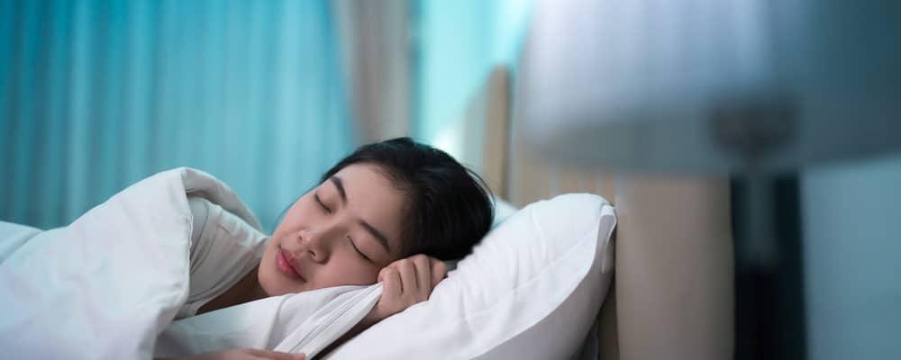Sering Susah Tidur Saat Puasa? Atasi Dengan 7 Tips Ini!