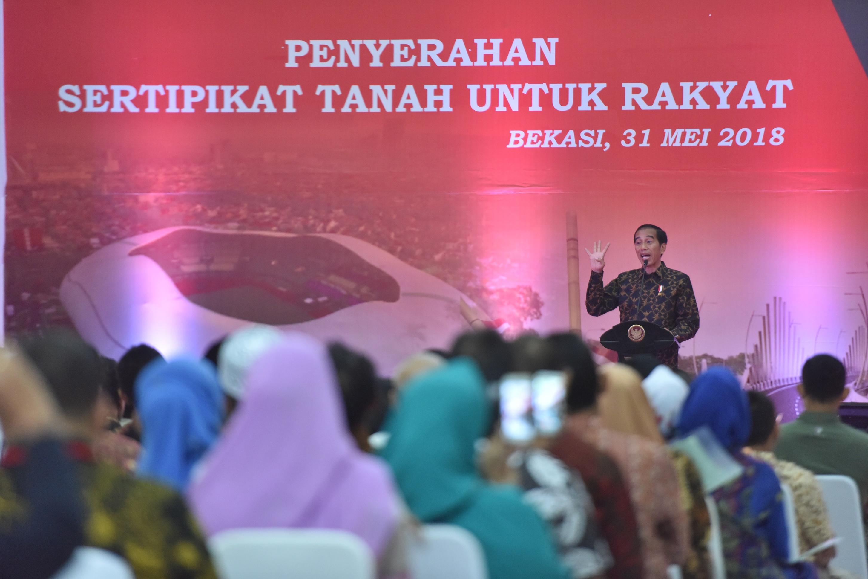 Jangan Mau Dikompori Politisi, Presiden Jokowi: Pakai Akal Jernih, Pilih Pemimpin Paling Baik