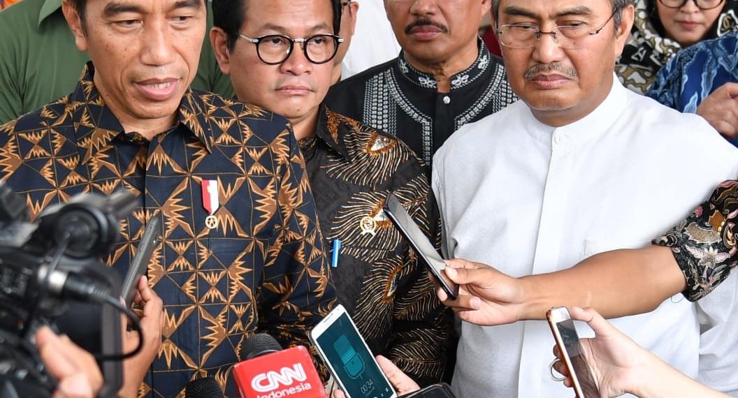 Melawat Alm. Dawam Rahardjo, Presiden Jokowi: Kita Kehilangan Cendekiawan Muslim Yang Jadi Rujukan