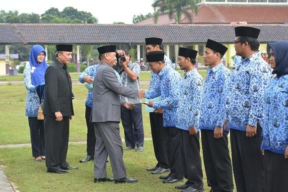 Dindik Penuhi Janji, Guru Honor Diberikan Surat Penugasan