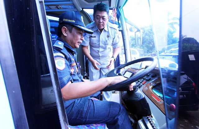 Jangan Asal Naik Bus, Tak Ada Stiker Dirjen Hubdat Berarti Tak Layak
