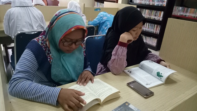 Mengunjungi Perpustakaan di Bulan Ramadan