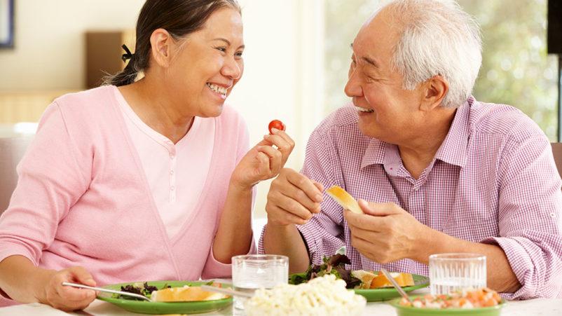 pola makan lansia