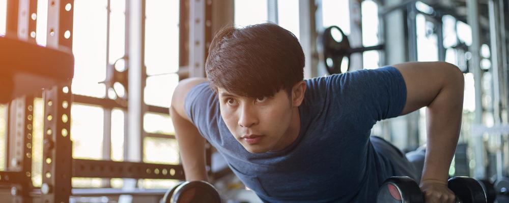 7 Gerakan Latihan Berbahaya yang Bisa Menyebabkan Cedera