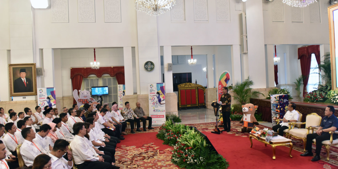 Bertemu Pegiat Seni, Pegiat Kreatif, Atlet, Presiden Jokowi Ajak 'Demamkan'Asian Games 2018