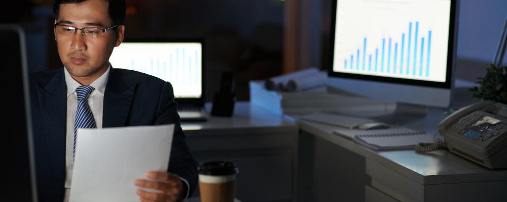 4 Pola Pikir Salah yang Sering Dilakukan Oleh Si Pecandu Kerja