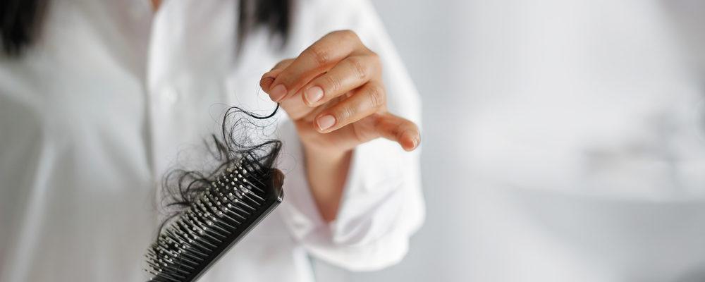 Berbagai Pilihan Obat untuk Mengatasi Rambut Rontok Parah