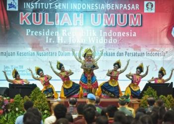 Presiden Jokowi: Jadikan Karya Seni Sumber Inspirasi Pemersatu Bangsa dan Suku di Indonesia