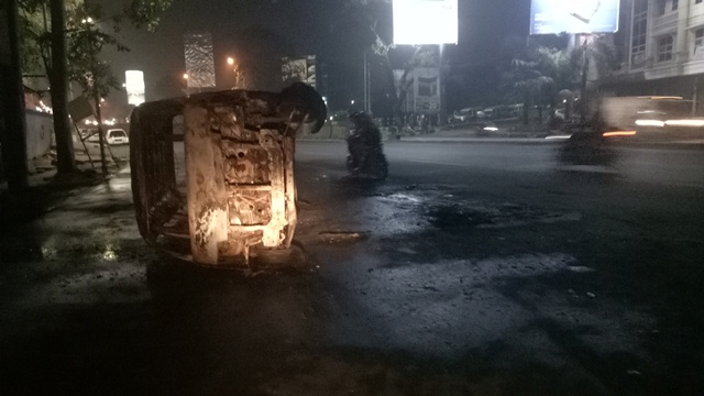 Angkot Binong-Cikokol Ludes Meledak