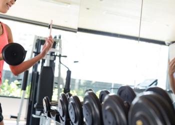 Berapa Berat Maksimal yang Harus Digunakan Wanita Saat Olahraga Angkat Beban?