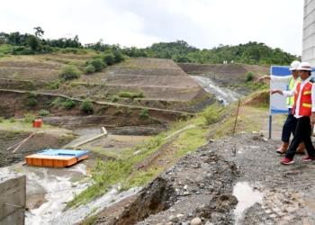 Tampung 138 Juta M3 Air, Presiden Jokowi Tinjau Pembangunan Bendungan Passelloreng