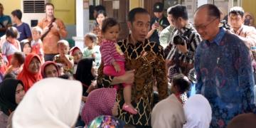 Presiden Jokowi Ajak Presiden Bank Dunia Lihat Program Pemerintah Tangani 'Stunting'