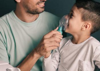 Cara yang Benar Menggunakan Nebulizer untuk Melegakan Pernapasan