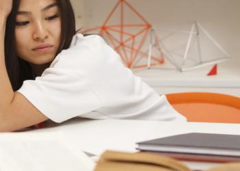 7 Masalah Mental yang Rawan Menyerang Mahasiswa