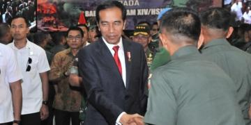 Presiden Jokowi Beri Hadiah Umroh 4 Anggota Babinsa Yang Menonjol Pengabdiannya