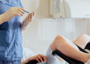 Benarkah Tes Pap Smear Itu Menyakitkan?