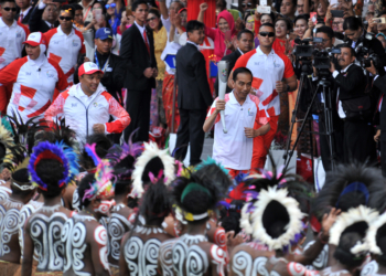 Terima Api Obor Asian Games 2018, Presiden Jokowi: Semoga Ini Jadi Simbol Sportivitas