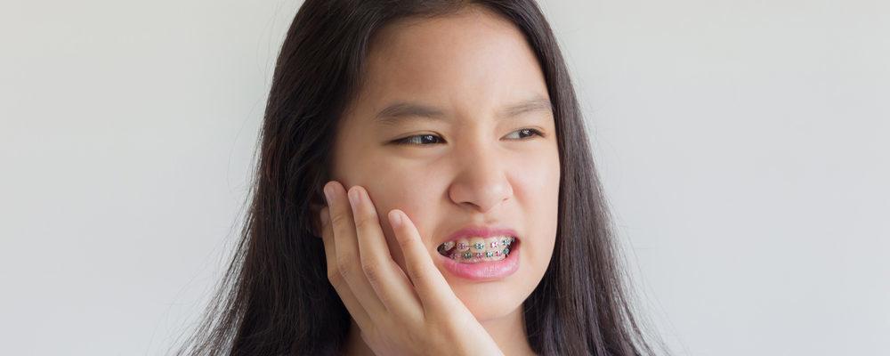 6 Tips Redakan Sakit Gigi Setelah Behel Dikencangkan