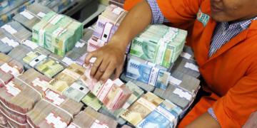 Jangan Dilipat dan Diremas, BI Imbau Masyarakat Jaga dan Rawat Uang Rupiah