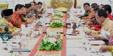 Saat Bertemu 31 Bupati, Presiden Jokowi Klarifikasi Isu Antek Asing dan Aseng
