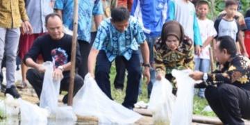 Bupati Serang Tebar 150 Ribu Benih Ikan
