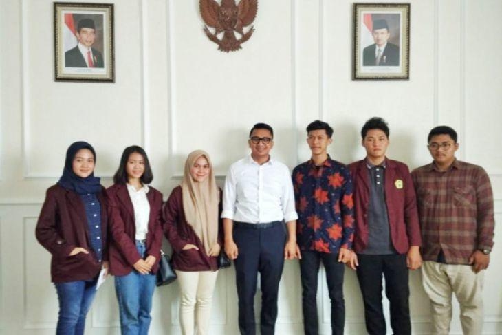 Wabup Pertemuan Dengan Mahasiswa Untirta