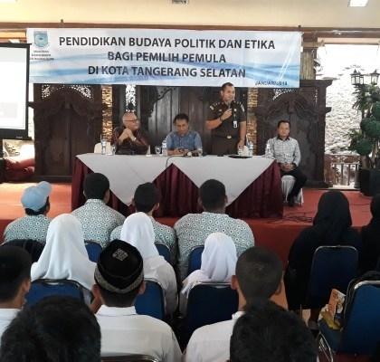 90 Pelajar SMA di Kota Tangsel Ikuti Pendidikan Politik