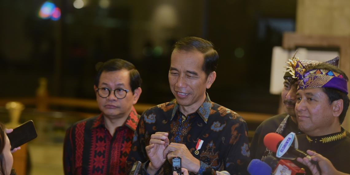 Harga Avtur Penyebab Tiket Pesawat Mahal, Presiden Jokowi Akan Panggil Dirut Pertamina