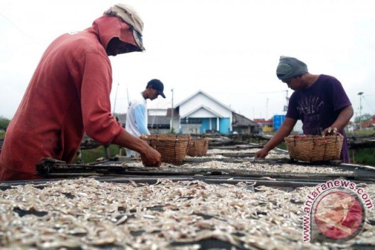 Dinas Perikanan Tangerang Garap Perbaikan Lima Desa Pesisir