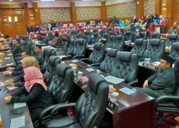 Tak Penuhi Kuorum, Rapat Paripurna Ditunda Hingga Malam
