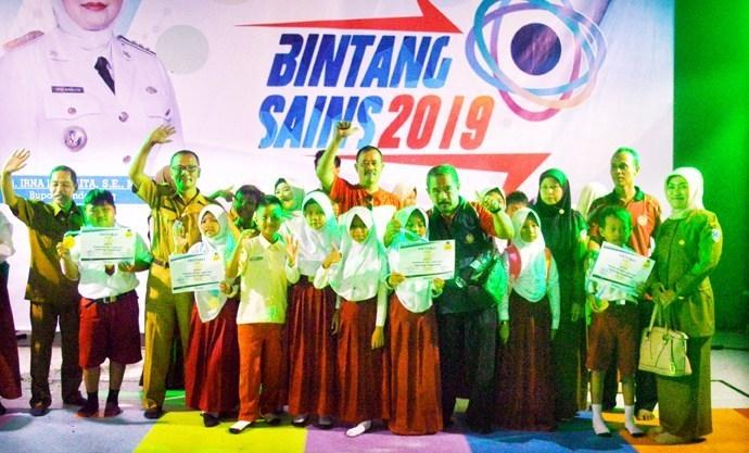 Bintang Sains Kecamatan Menes: SD Swasta Borong Jatah Finalis