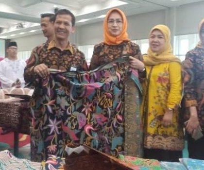 Walikota Tangsel Airin Rachmi Diany Kukuhkan Pengurus Dekranasda Tangsel Periode 2019-2021