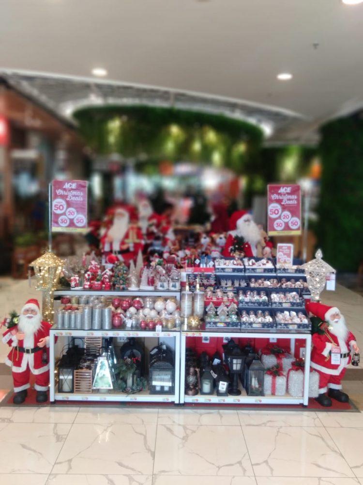Produk Natal di Cae Hardware Living Plaza Bintaro. (KEY)