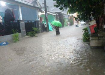 Banjir di Perumahan Pondok Pakulonan, Serpong Utara, Kota Tangsel. (RAY)