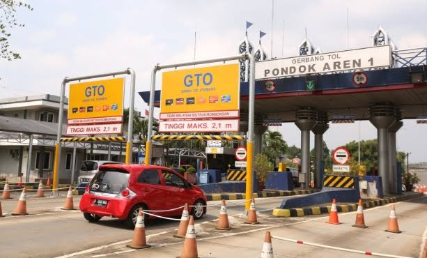 Gerbang Tol Pondok Aren I. (NET)