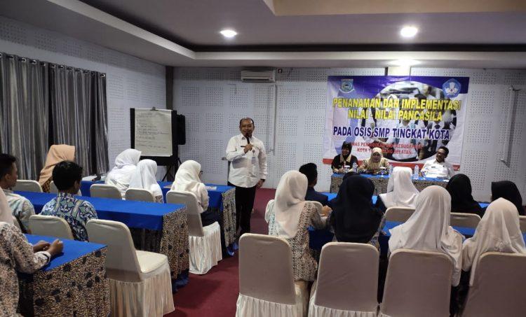 Dinas Kebudayaan dan Kebudayaan (Dindikbud) Tangsel menyelenggarakan kegiatan bertemakan 'Penanaman dan Implementasi Nilai-nilai Pancasila' pada 5-7 Februari bertempat di Bogor, Jawa Barat.