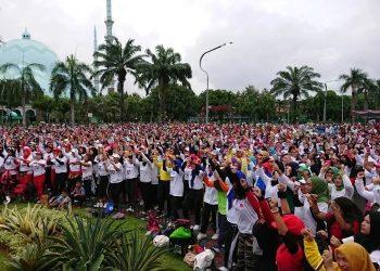 Ribuan peserta ramaikan senam bersama DPRD Kota Tangerang.