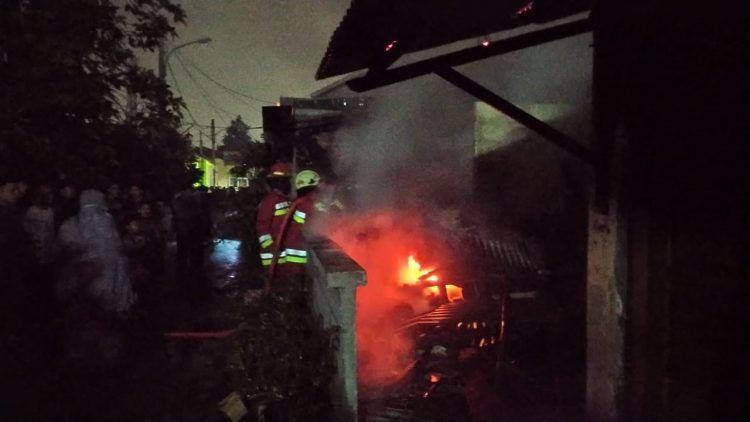 Kebakaran rumah di Pamulang, Kota Tangsel. (PHD)