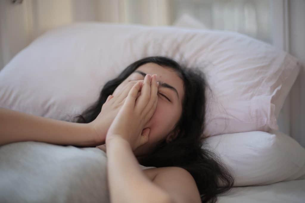 susah tidur selama pandemi COVID-19