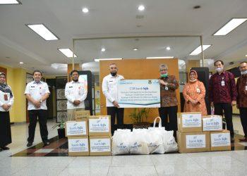 Perusahaan memberikan bantuan penanganan covid-19 ke Pemkab Tangerang. (IST)