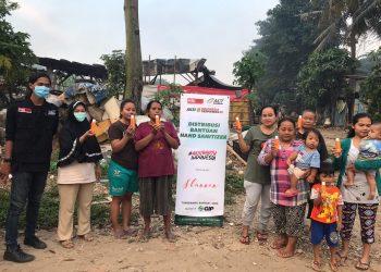 Penyerahan bantuan dari ACT Tangerang Raya dan PT Shannen Global Indonesia. (IST)