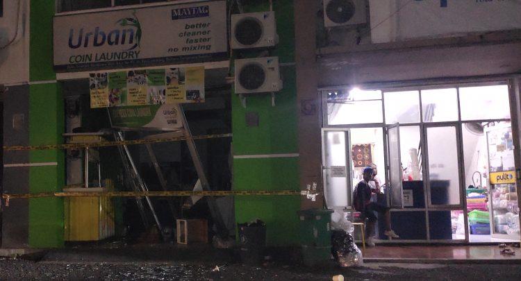 Laundry di Pondok Aren, Kota Tangsel terbakar. (SNG)