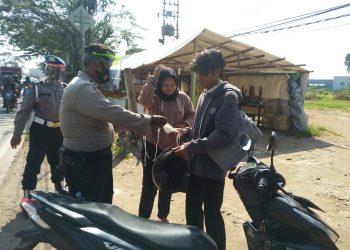 Razia masker Polres Jatiuwung. (KEY)