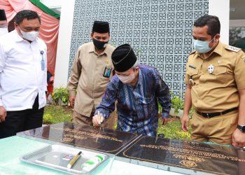 Peresmian Gedung Pusat Layanan Haji dan Umrah Terpadu (PLHUT) Kota Tangerang. (MPE)