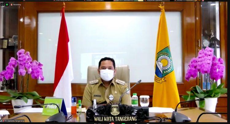 Walikota Tangerang Arief R Wismansyah saat peringatan Hari Ibu. (MPE)